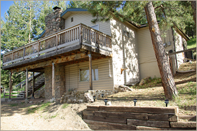 The Fir House - A private home in Evergreen, Colorado available for holiday, vacation, honeymoon, monthly, and corporate rental.